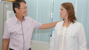Sato apresenta médica pediatra e destaca saúde de qualidade a população de Vicentina