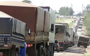 Protesto de caminhoneiros leva prefeitura de MS a decretar estado de emergência