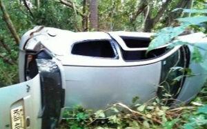 Motorista perde controle da direção e capota carro na MS-276 em Deodápolis
