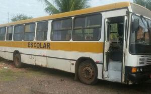 PRF apreende dois ônibus escolares em situação precária em MS