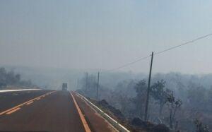 Incêndio de grandes proporções devasta a vegetação da Serra de Maracaju