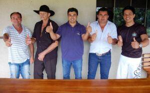 Em comum acordo, vereadores eleitos definem a nova mesa diretora da Câmara em GLÓRIA DE DOURADOS