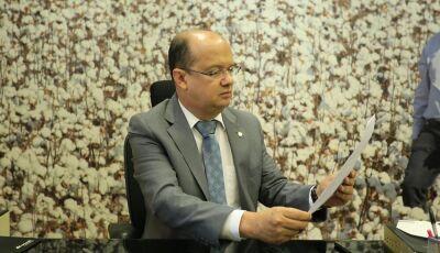 Barbosinha cobra informações sobre proibição de estacionar na avenida Coronel Ponciano