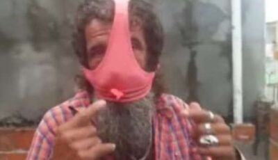 Homem é expulso de posto por usar calcinha no rosto em vez de máscara: 'mais confortável'