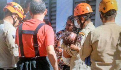 Morre na Santa Casa criança que teve 90% do corpo queimado em incêndio