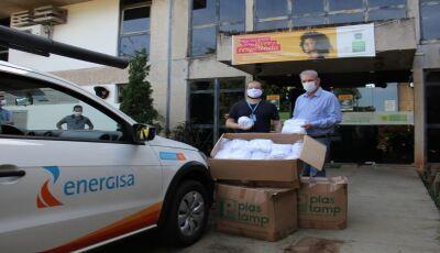 Secretário de Saúde entrega EPI's, cartilhas e equipamentos hospitalares para Dourados