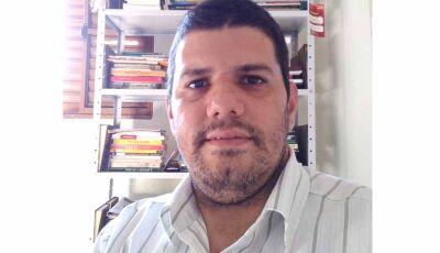 """Escritor fatimassulense Wagner Cordeiro destaca """"solidariedade"""" nos tempos difíceis"""
