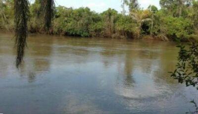 Bombeiros de Fátima do Sul e Ivinhema nas buscas de pescador que desapareceu no Rio Brilhante