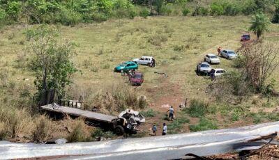 Douradense morre após caminhão cair em ribanceira na Serra de Maracaju