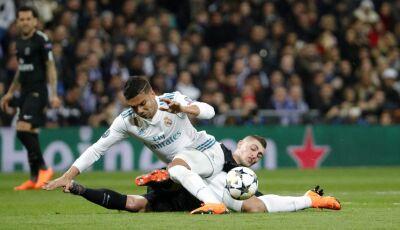 Real Madrid prepara saída de barca de jogadores