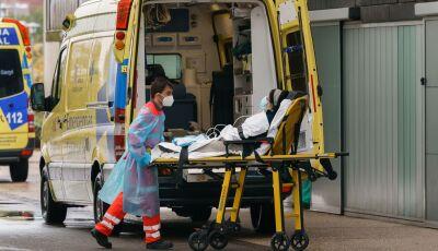 Com mais jovens infectados, Espanha declara novo estado de emergência por 2ª onda de Coronavírus