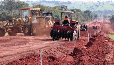 MS 43 ANOS: Em Figueirão, Governo do Estado investe em infraestrutura e habitação