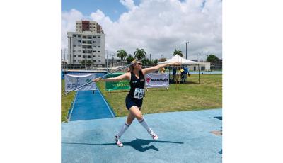 Atleta paraolímpica da UNIGRAN representa o Centro-Oeste nos Jogos Universitários de Pernambuco