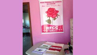 Voluntárias confeccionam trabalhos artesanais para manutenção da Rede Feminina de Fátima do Sul