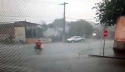 Com bairros ainda sem energia, Fátima do Sul tem alerta de tempestade quinta feira, 29