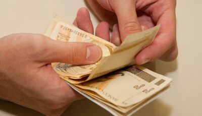 Governo deposita salários de servidores nesta quinta-feira