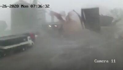 ASSUSTADOR: Telhado de barracão de cerealista 'voa' com o vento em MS, ASSISTA