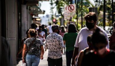 Coronavírus avança entre mais jovens e 40% dos exames dão positivo em Campo Grande
