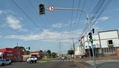 Ruas da Capital recebem sinalização semafórica a pedido de Barbosinha
