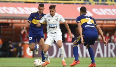 Prejudicado pela arbitragem, Santos empata com o Boca Juniors na Argentina