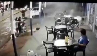 Pistoleiro na garupa de motocicleta mata dois e fere outros dois em Ponta Porã