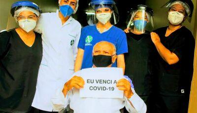 Culturamense de 79 anos vence a covid-19 e recebe todo carinho do Hospital da SIAS de Fátima do Sul