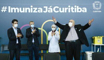 """""""Estão no Cemitério"""", diz prefeito de Curitiba sobre pessoas que usaram tratamento precoce Covid-19"""