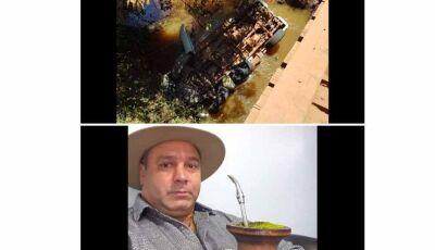 Caminhonete cai em córrego em Maracaju e motorista do RS morre e acompanhante fica ferido