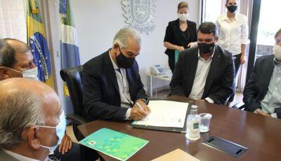 Reinaldo Azambuja troca secretários para dar mais dinamismo à administração