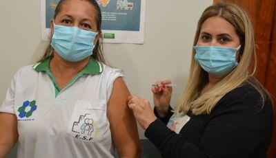 Fátima do Sul atinge meta de vacinação de profissionais de Saúde