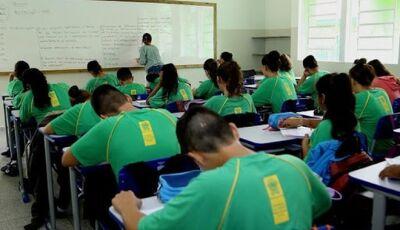 Escolas estaduais perdem 15 mil alunos em um ano e governo deve abrir novo prazo de matrículas