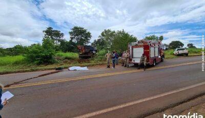 Motorista morre em acidente provocado por pneu furado na MS-040