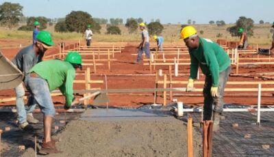 Licitação para execução de 50 bases do projeto Lote Urbanizado é lançada para Jateí