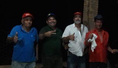'Precisamos ouvir o povo', diz Barba em conversa com amigos no Distrito de Culturama