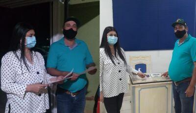 POR CULTURAMA: Barba pede 01 caminhão lixeira, motos aos Agentes e veículo para 'fumacê' a deputada