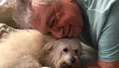 Cachorro fez greve de fome e só comeu após visitar dono em hospital em MS
