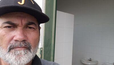 Barba pede reforma no Campo de Futebol e diz 'acho que a prefeita não sabe da situação' em Culturama