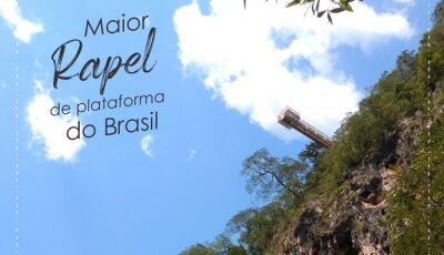 Conheça o maior rapel de plataforma do Brasil com 90m de descida e há quase 200m do chão em Bonito