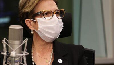 Ministra de Bolsonaro testa positivo para Covid e cancela agenda em Nova Andradina