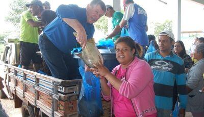 Jateí pioneira na região, Eraldo faz entrega de peixes nesta semana santa