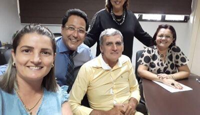 Vicentina esteve presente com secretário de Educação no 11º Fórum da UNDIME em Campo Grande