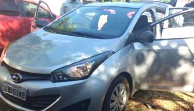 """Maracaju: PRF prende """"Sargento da PM"""" com carro roubado após abandonar maconha em milharal"""