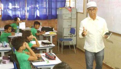 Jornalista Wilson Gonçalves faz palestra sobre o município no Vicente Pallotti de Fátima do Sul