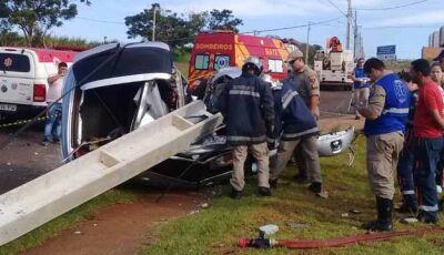 190km/h: Motorista e passageiro morrem em grave acidente