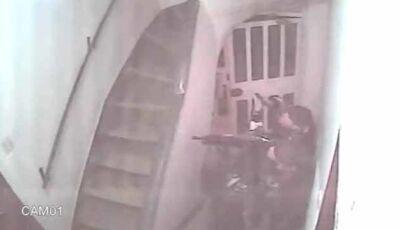 Policiais impedem estupro de garota, veja o vídeo