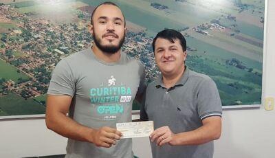Prefeito destaca fortalecimento do esporte com apoio também no Jiu-Jitsu com lutador Vicentinense