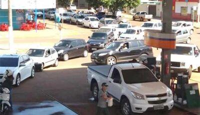 Paralisações dos caminhoneiros já provocam falta de combustíveis em Caarapó