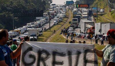 #AGORA: Temer aciona Exército 'forças federais' para desbloquear estradas