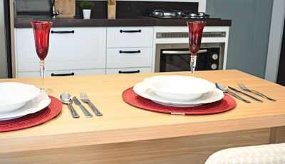 Dá uma olhadinha na elegância desta sala de jantar, veja na Italínea Móveis Planejados em Dourados