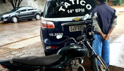 Polícia recupera moto furtada, durante patrulhamento em Deodápolis